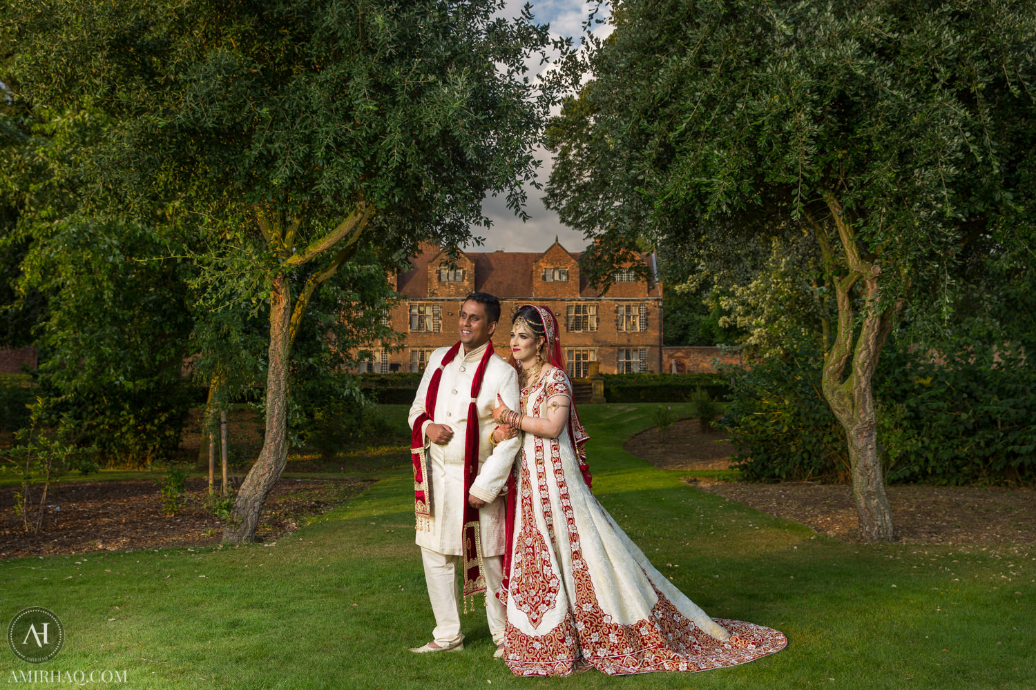 Kiran and Lutfur at Castle Bromwich Hall Hotel